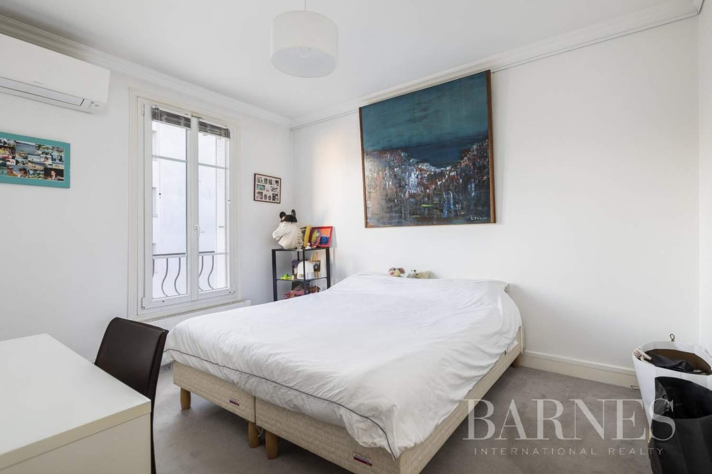 Neuilly-sur-Seine  - Maison 6 Pièces 4 Chambres - picture 18