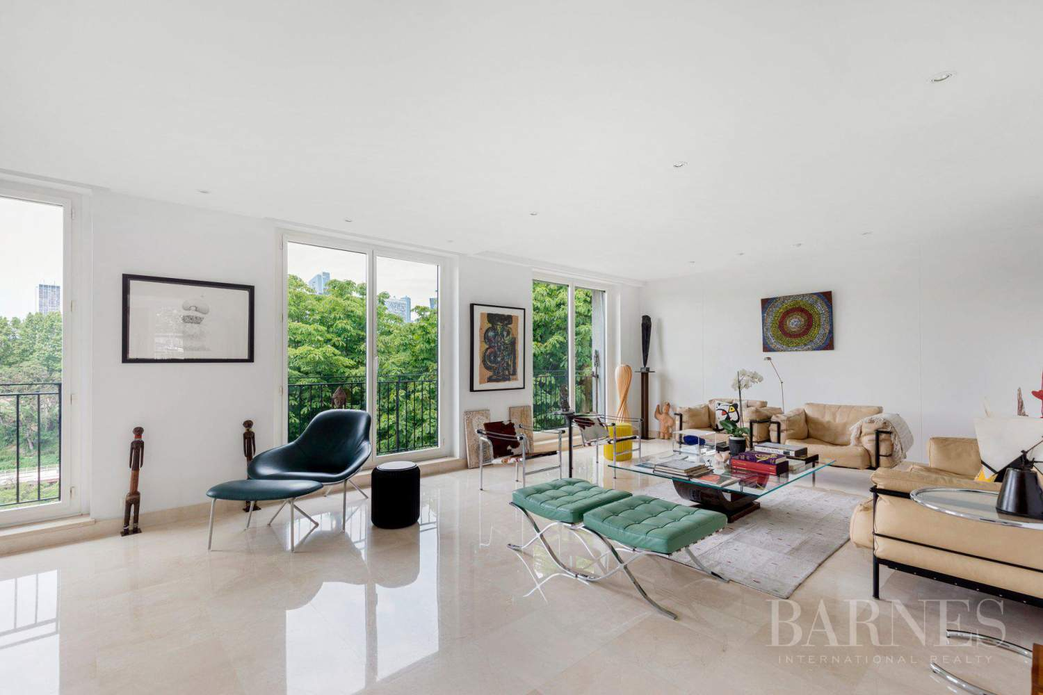 EXCLUSIVE - NEUILLY SAINT-JAMES - APARTMENT WITH RECEPTION ROOMS - UPPER FLOOR - PANORAMIC VIEWS picture 4