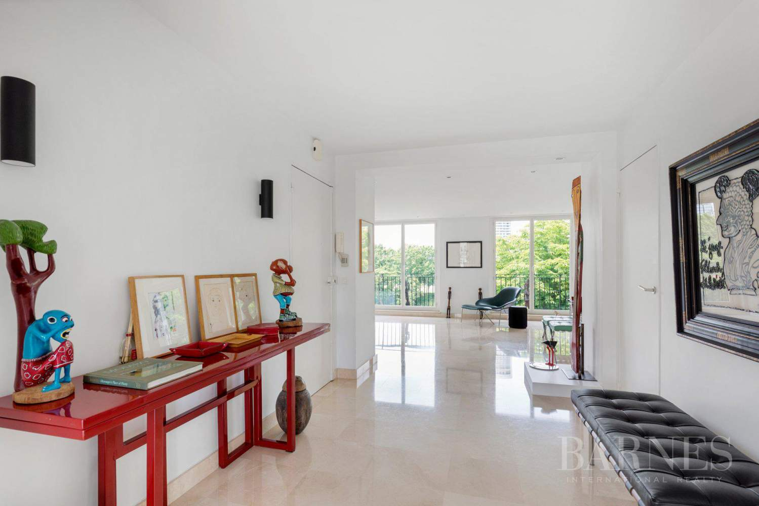 EXCLUSIVE - NEUILLY SAINT-JAMES - APARTMENT WITH RECEPTION ROOMS - UPPER FLOOR - PANORAMIC VIEWS picture 2