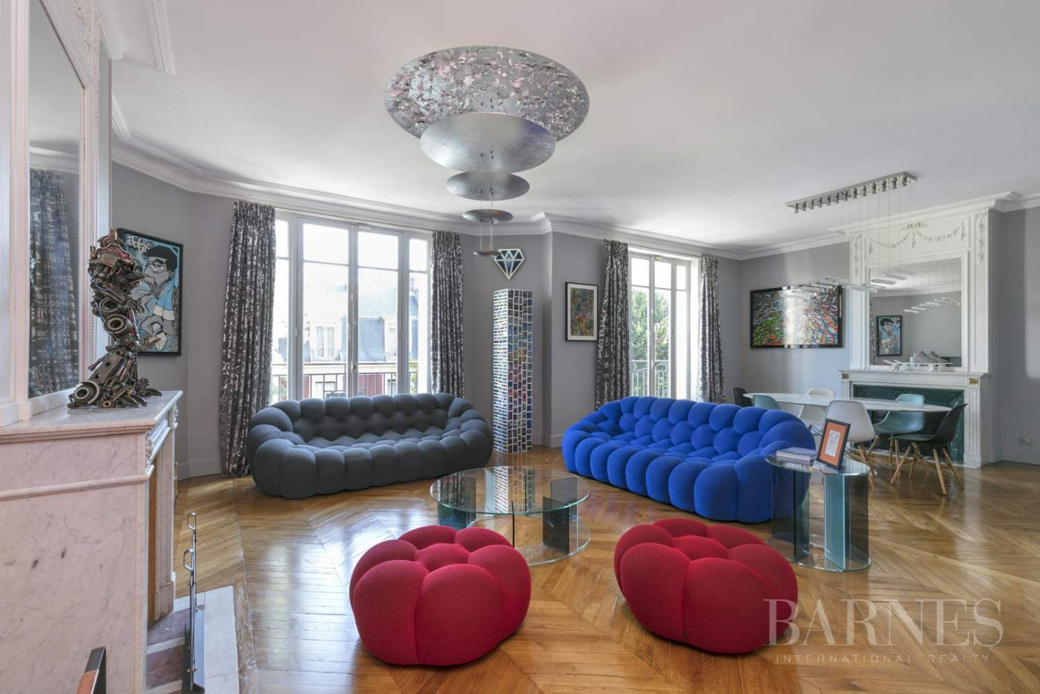 NEUILLY - BOIS - 5-ROOM APARTMENT - 1930s BUILDING picture 1