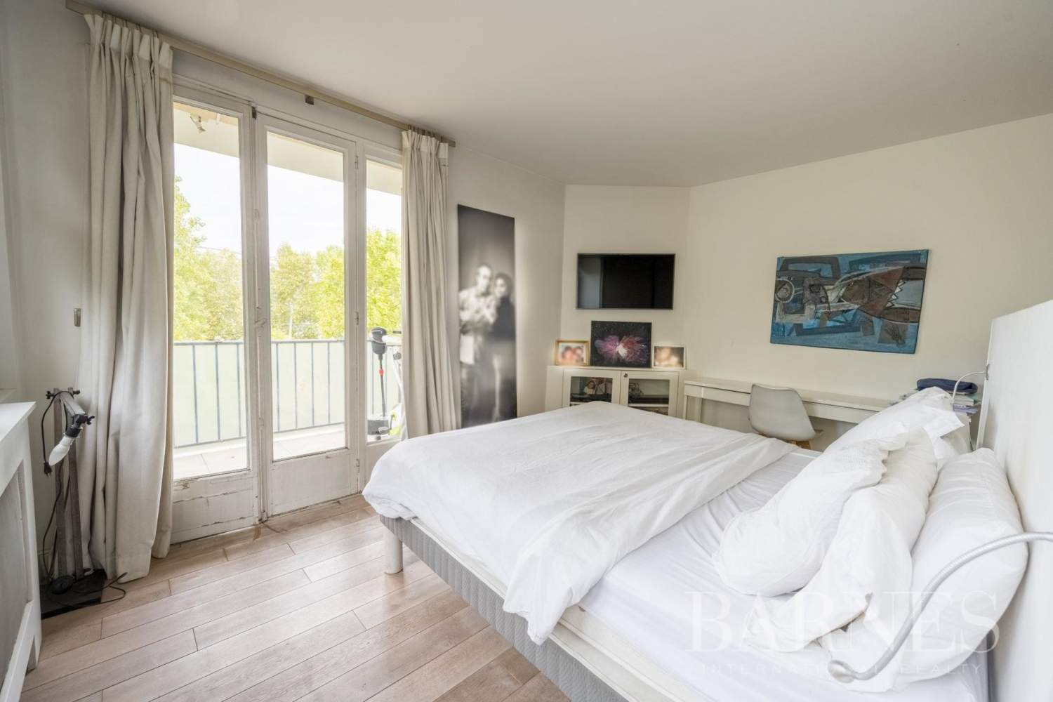 Neuilly-sur-Seine  - Apartment 3 Bedrooms - picture 9