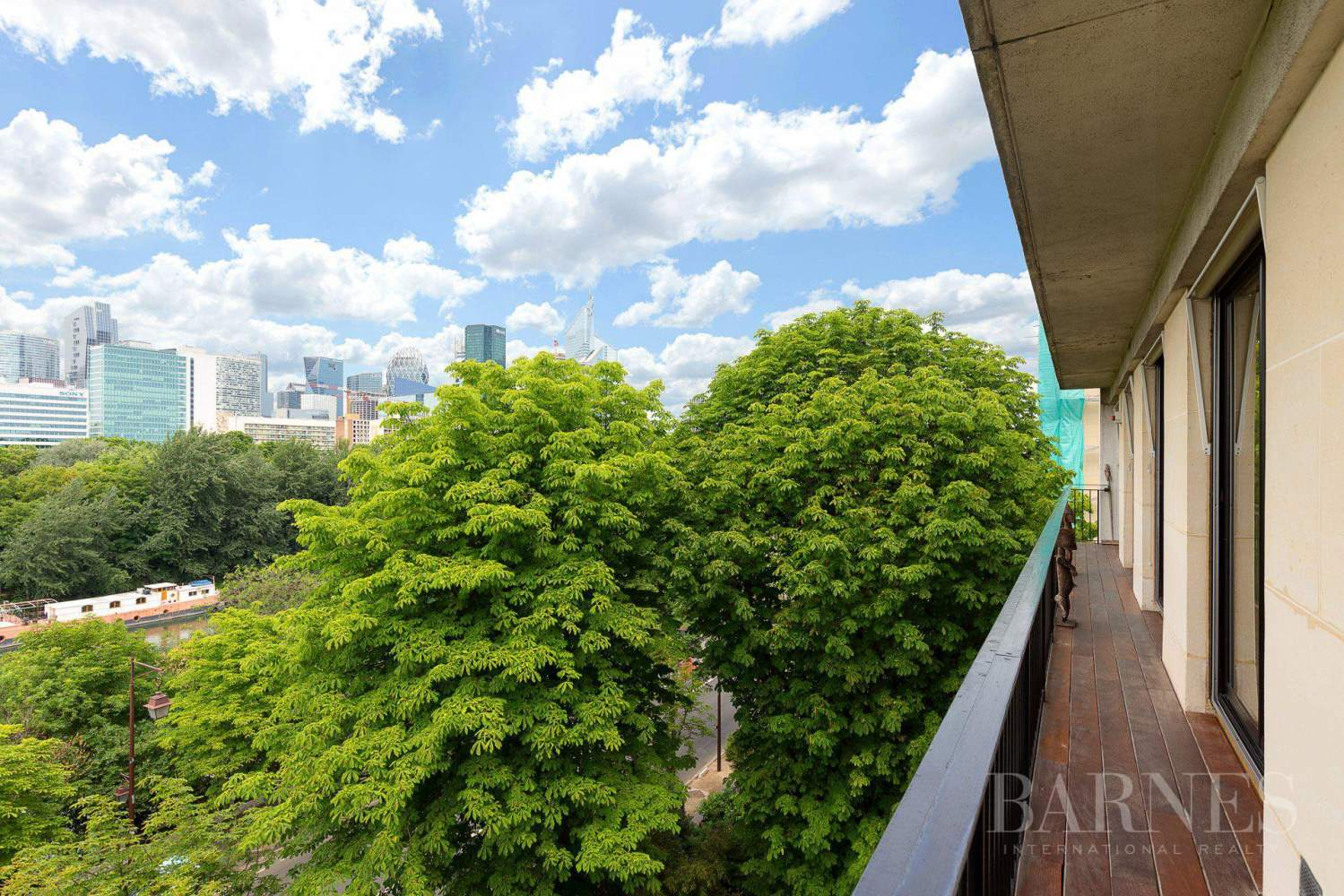 EXCLUSIVE - NEUILLY SAINT-JAMES - APARTMENT WITH RECEPTION ROOMS - UPPER FLOOR - PANORAMIC VIEWS picture 13