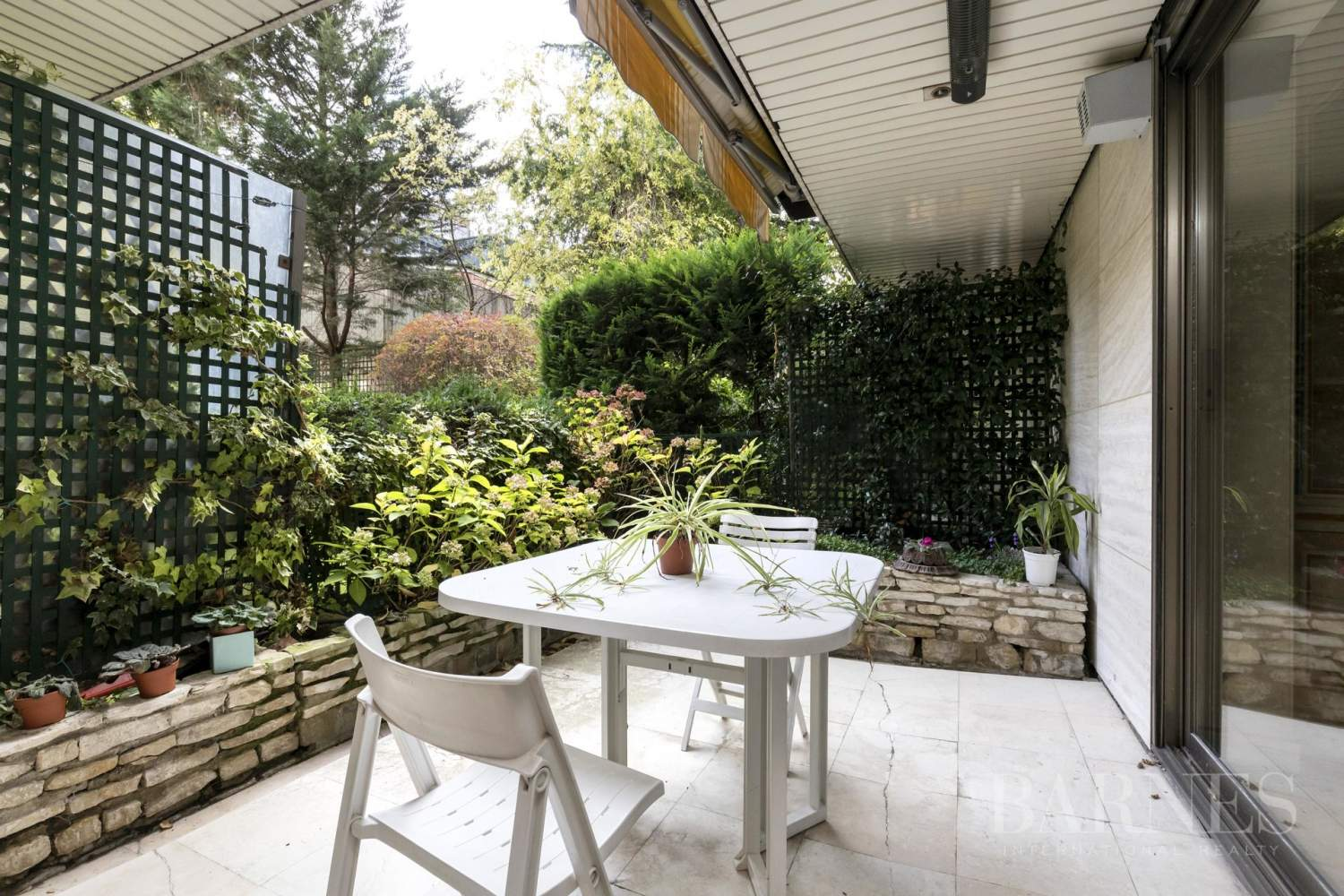NEUILLY - JARDIN et TERRASSE - 2/3 CHAMBRES - PARKING picture 4