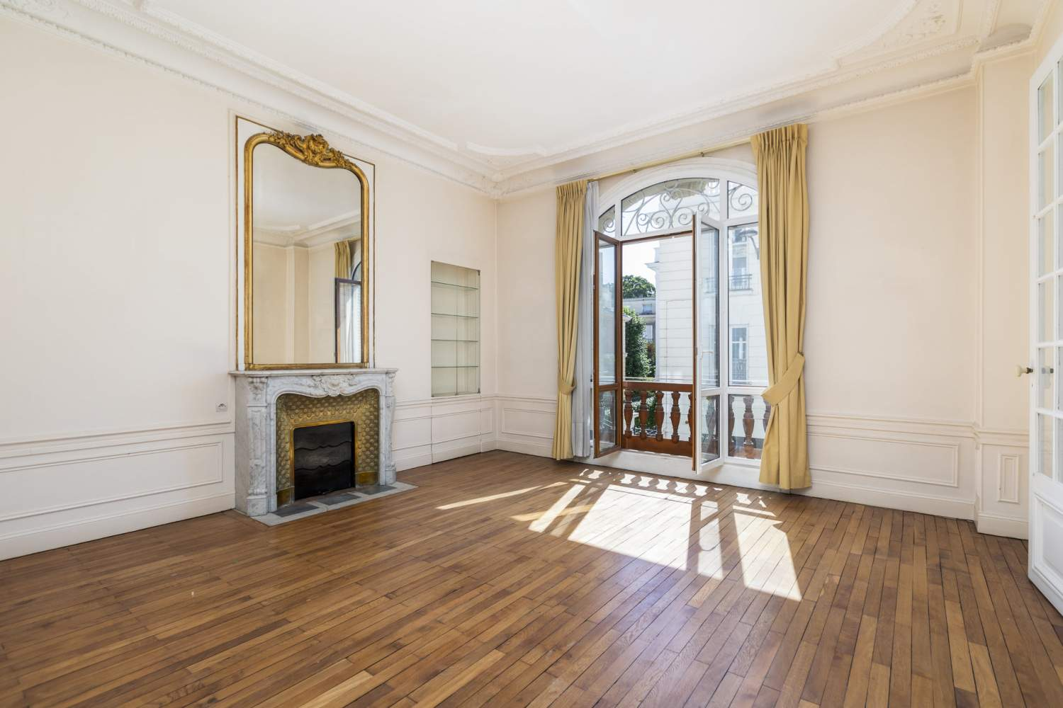 Neuilly-sur-Seine  - Apartment 3 Bedrooms - picture 2