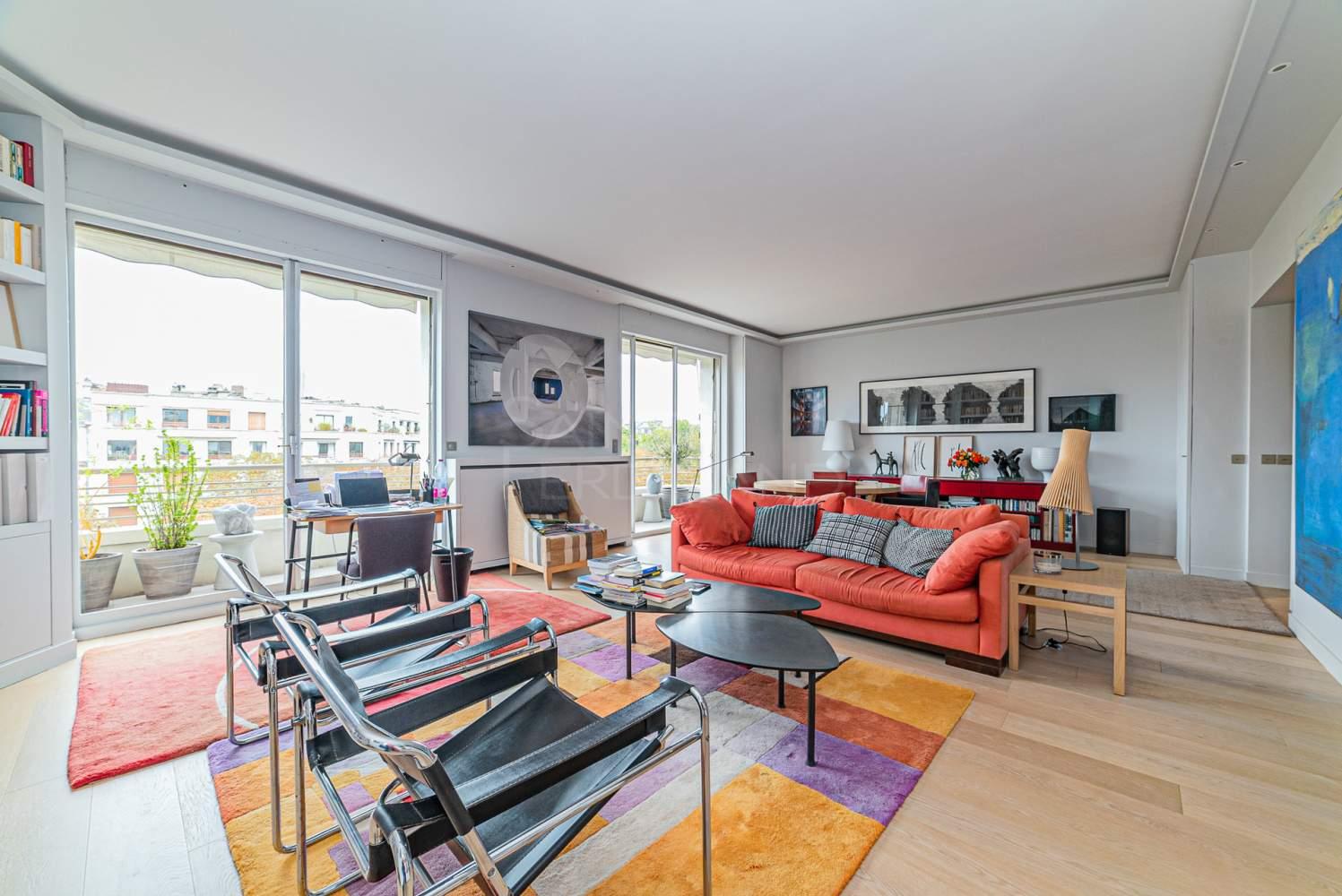 Neuilly-sur-Seine  - Appartement 5 Pièces 2 Chambres - picture 2