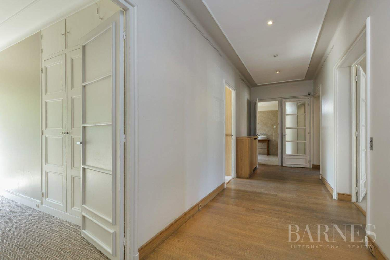 3-BEDROOM APARTMENT - CLEAR VIEWS - BALCONIES - NEUILLY / CHÂTEAU - NORTIER picture 1