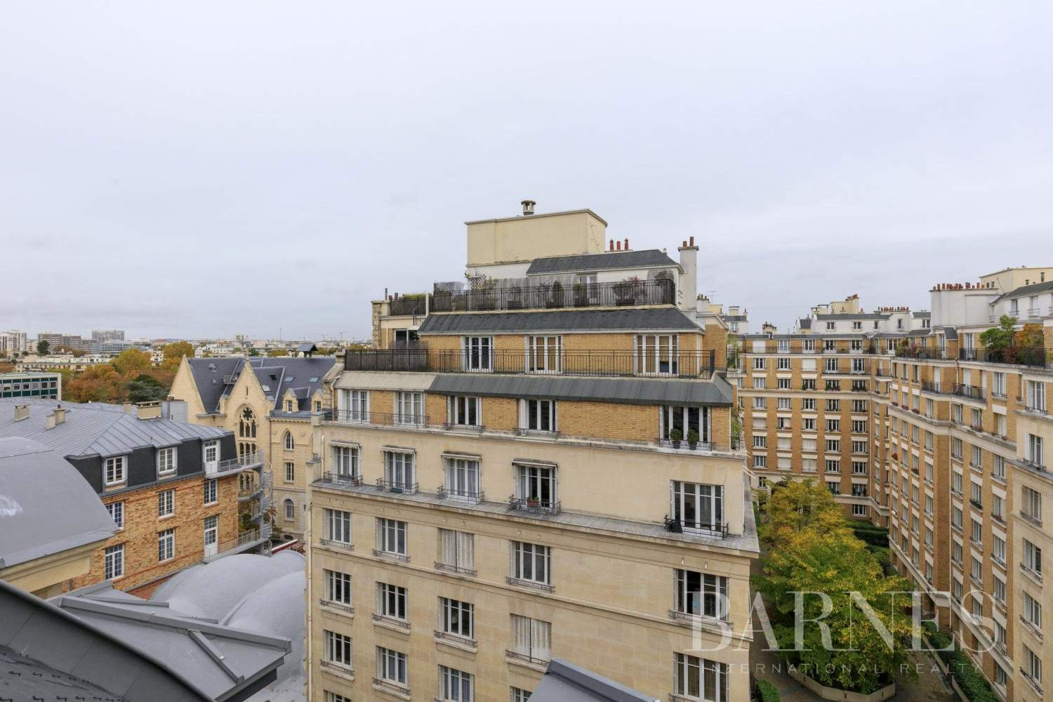 Neuilly-sur-Seine  - Apartment 4 Bedrooms - picture 13