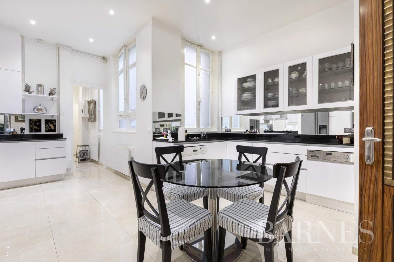Neuilly-sur-Seine  - Appartement 6 Pièces 4 Chambres - picture 6