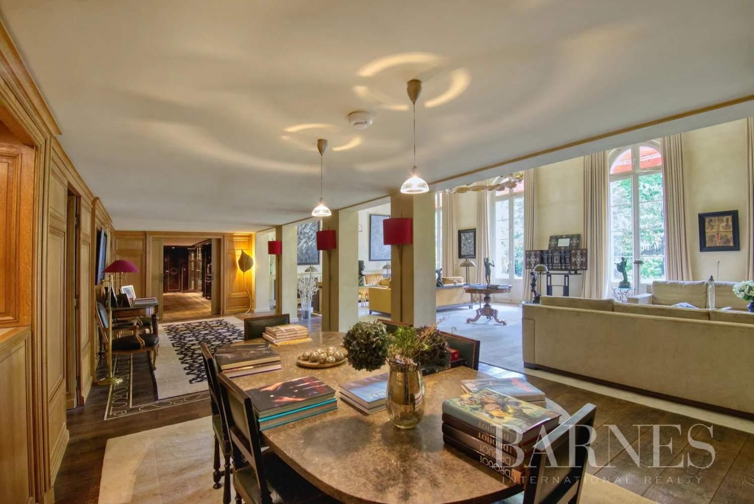 Neuilly-sur-Seine  - Appartement 8 Pièces 3 Chambres - picture 10