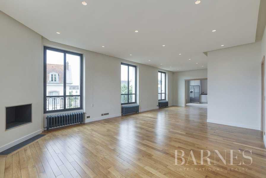 Saint-Germain-en-Laye  - Appartement 8 Pièces 6 Chambres