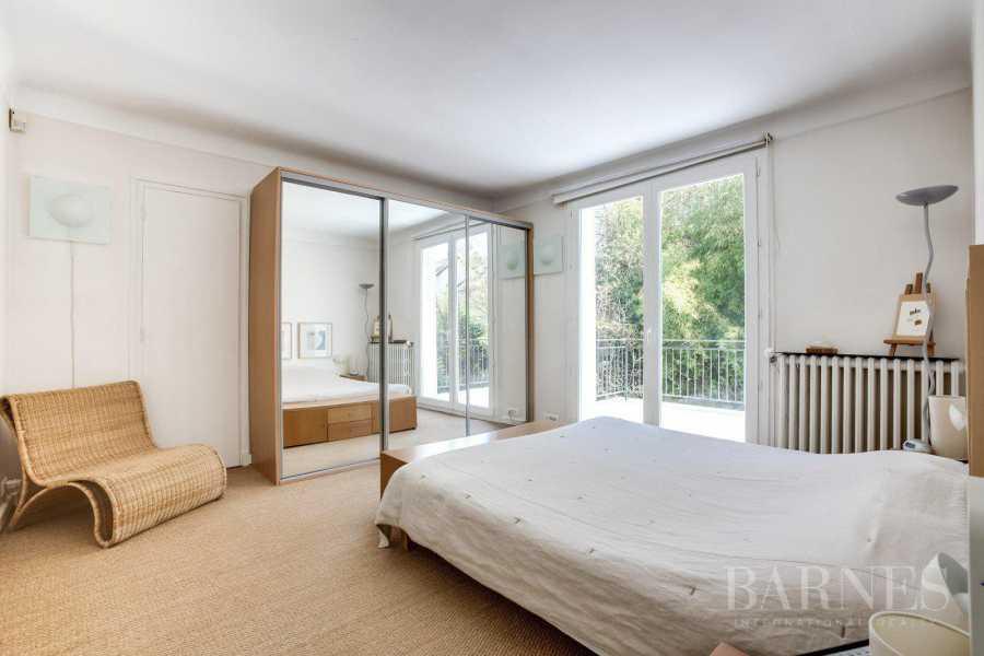 Rueil-Malmaison  - Maison 7 Pièces 4 Chambres