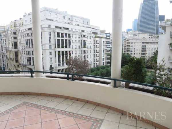APPARTEMENT, Courbevoie - Ref 2771312