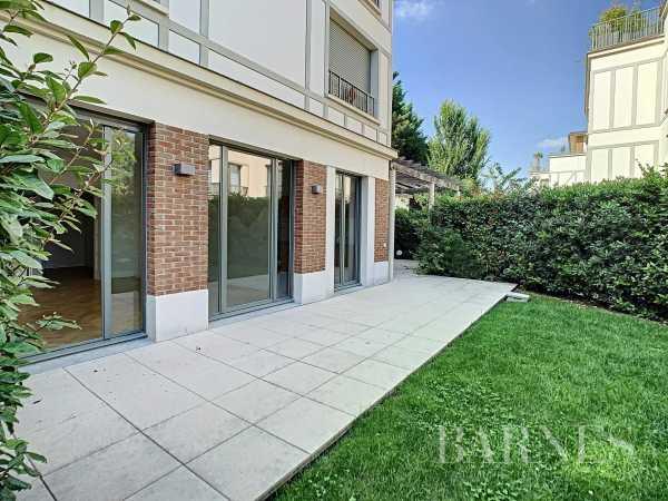 Apartment Garches  -  ref 5829401 (picture 1)