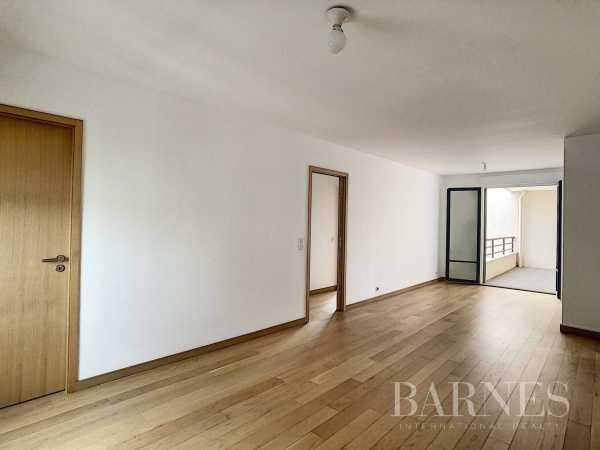 Apartment Puteaux  -  ref 4510888 (picture 2)