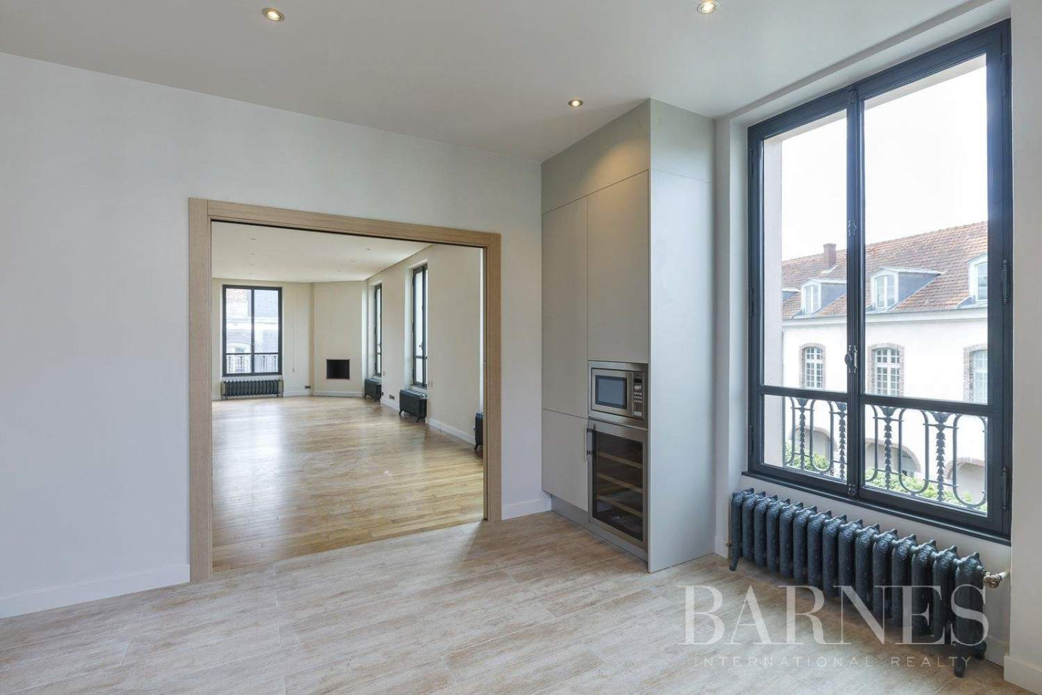 Saint-Germain-en-Laye  - Appartement 8 Pièces 6 Chambres - picture 1