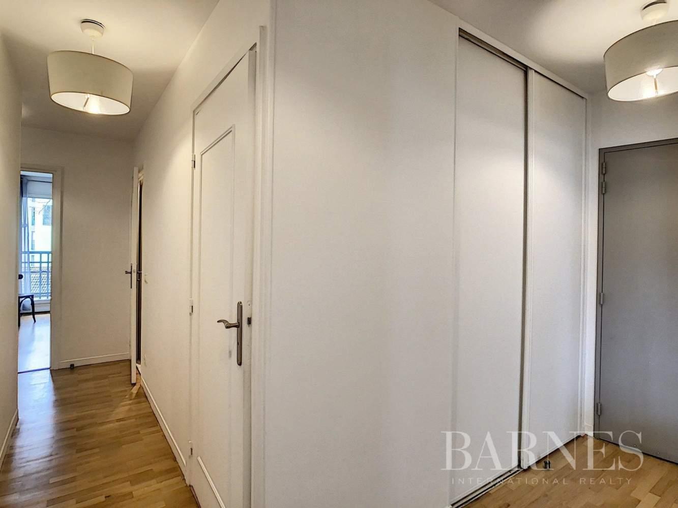 Boulogne-Billancourt  - Appartement 4 Pièces 2 Chambres - picture 9