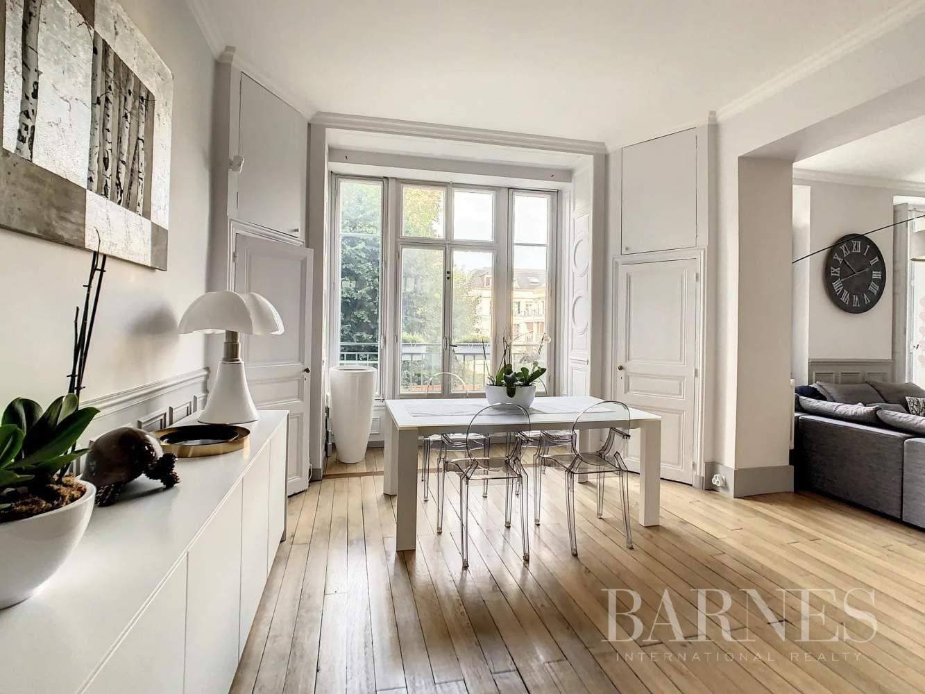 Versailles  - Appartement 6 Pièces 3 Chambres - picture 9