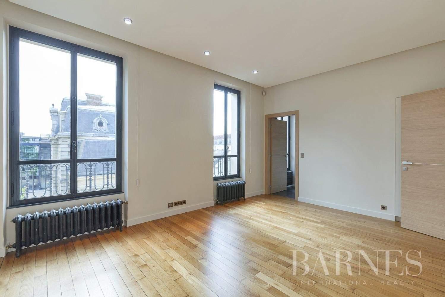 Saint-Germain-en-Laye  - Appartement 8 Pièces 6 Chambres - picture 19