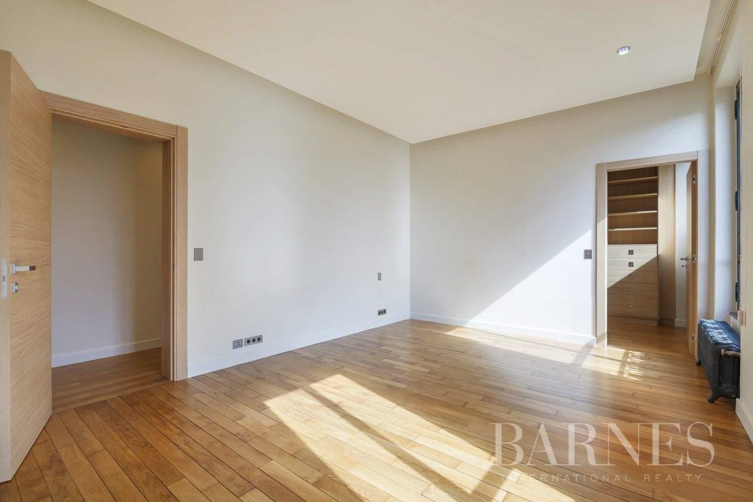Saint-Germain-en-Laye  - Appartement 8 Pièces 6 Chambres - picture 15