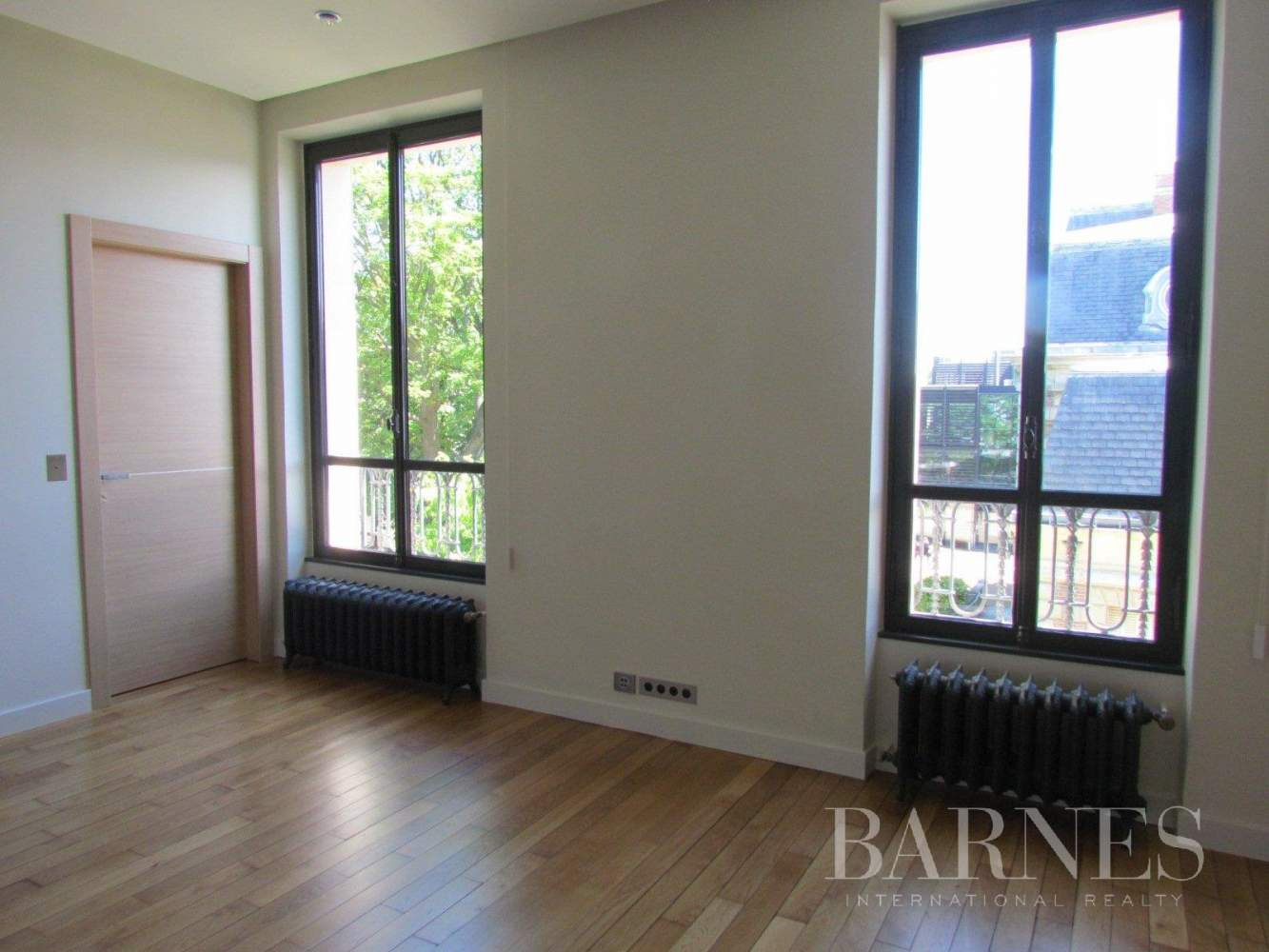 Saint-Germain-en-Laye  - Appartement 8 Pièces 6 Chambres - picture 10
