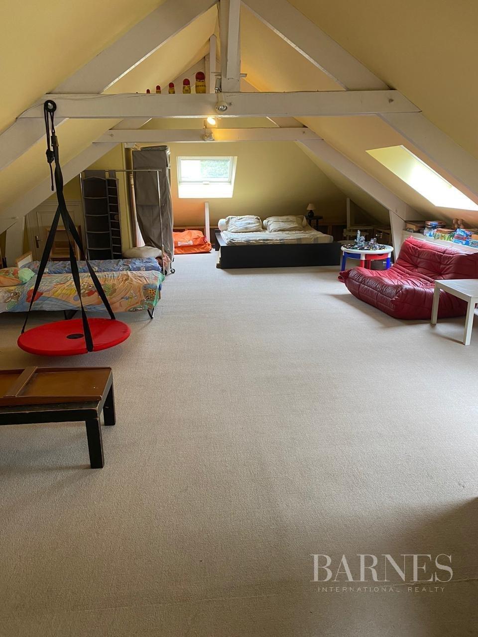 Louveciennes  - Maison 11 Pièces 6 Chambres - picture 13