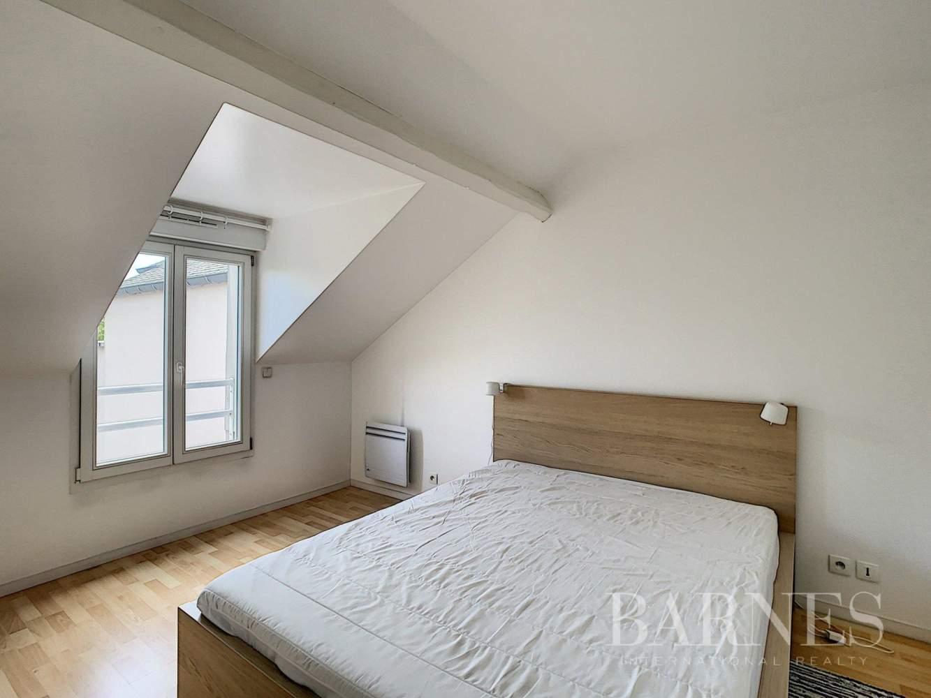 Viroflay  - Duplex 2 Bedrooms - picture 9
