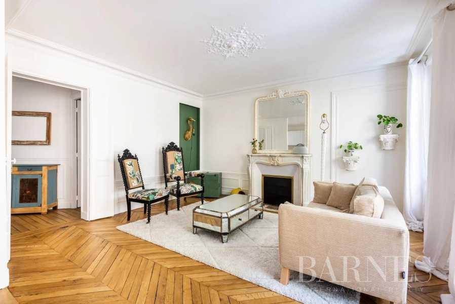 Paris  - Piso 7 Cuartos 3 Habitaciones