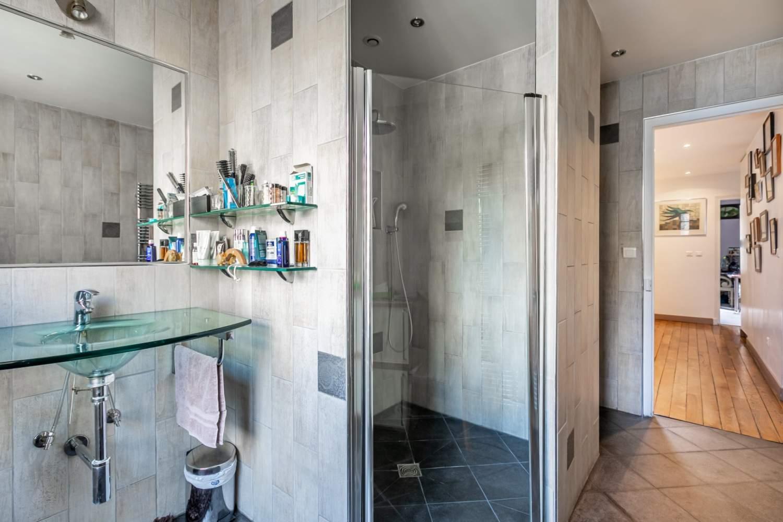 Paris  - Hôtel particulier 9 Pièces 6 Chambres - picture 15