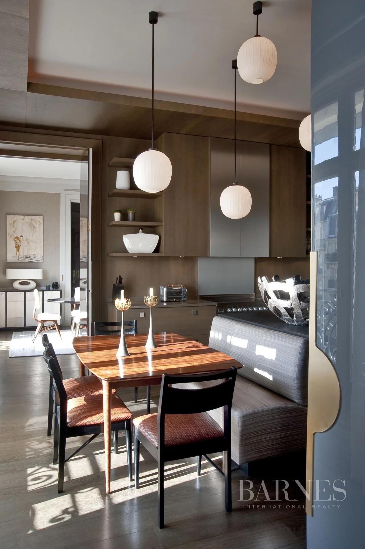 Paris  - Appartement 6 Pièces 3 Chambres - picture 8