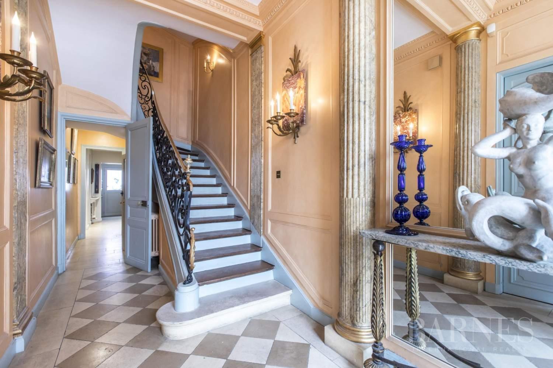 Paris  - Hôtel particulier 8 Pièces 4 Chambres - picture 7