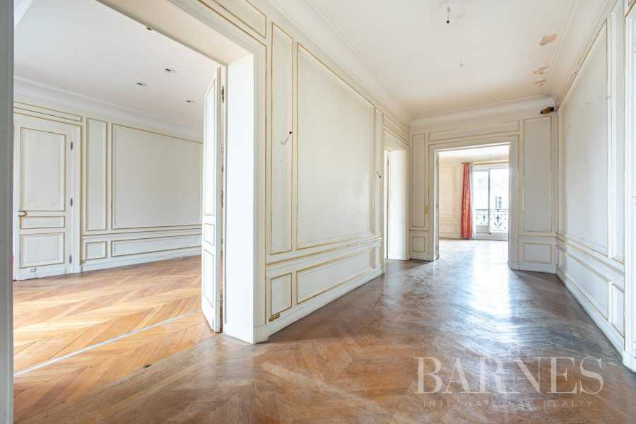 Paris  - Apartment 3 Bedrooms