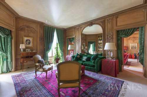 Apartment Paris 75008  -  ref 2578355 (picture 1)