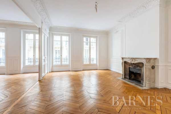 Appartement Paris 75008  -  ref 5298569 (picture 1)