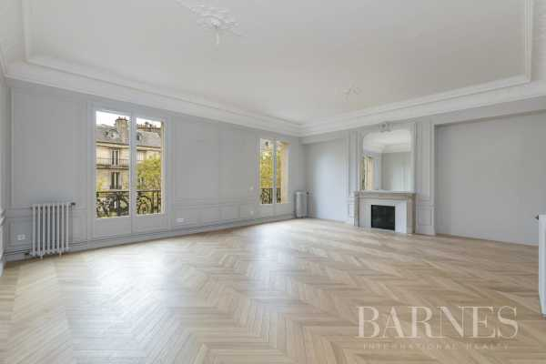 Apartment Paris 75008  -  ref 4390064 (picture 2)