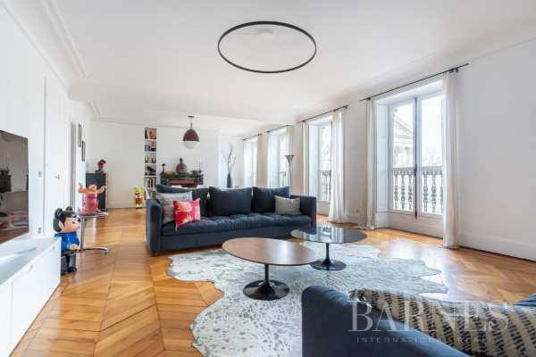 Appartement Paris 75008  -  ref 3723824 (picture 1)