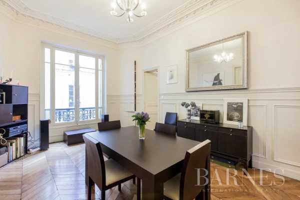 Appartement Paris 75008  -  ref 5791299 (picture 3)