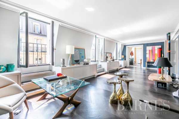 Apartment Paris 75008  -  ref 5559654 (picture 1)