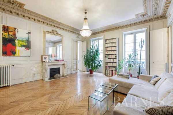 Appartement Paris 75008  -  ref 5791299 (picture 1)