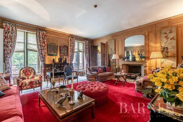 Apartment Paris 75008  -  ref 5807049 (picture 1)
