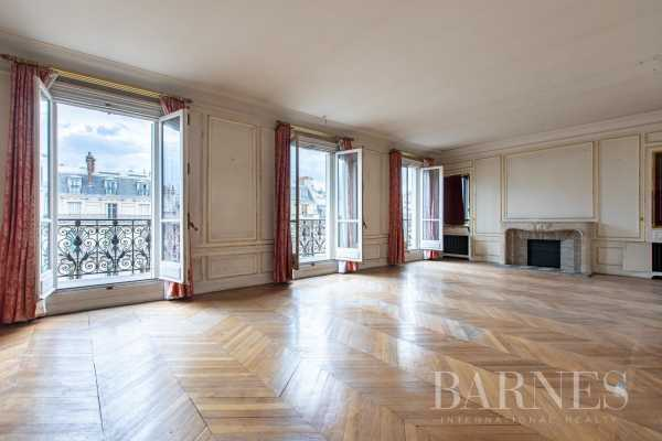 Appartement Paris 75008  -  ref 3000657 (picture 2)