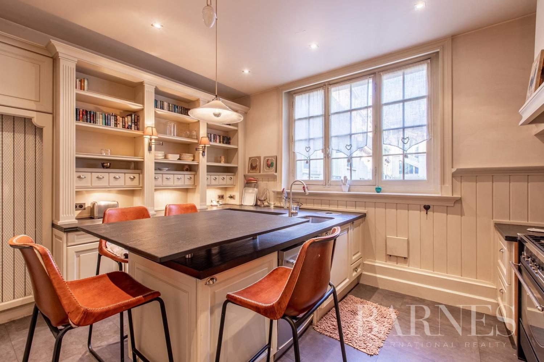 Paris  - Appartement 8 Pièces 4 Chambres - picture 12