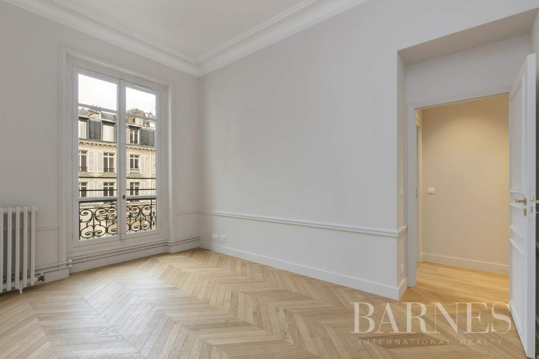Paris  - Apartment 4 Bedrooms - picture 16
