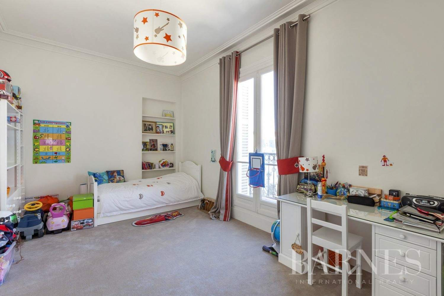 Paris  - Apartment 5 Bedrooms - picture 9