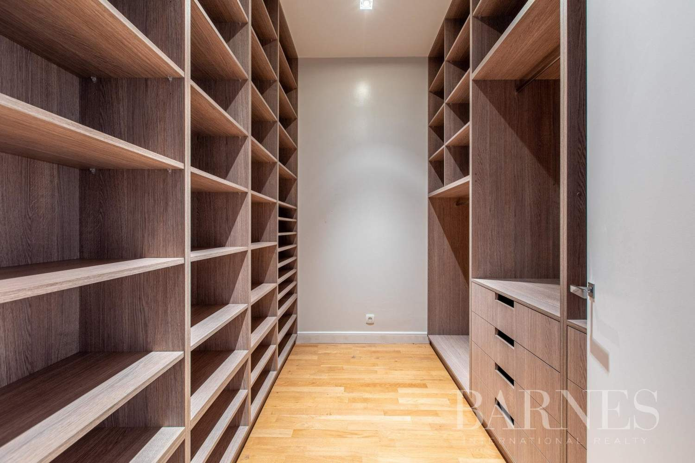 Paris  - Appartement 8 Pièces 4 Chambres - picture 18