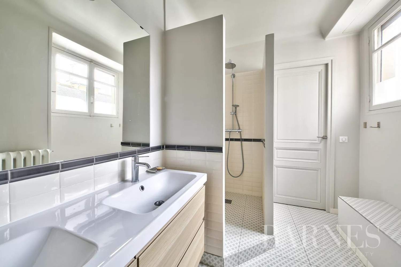 Paris  - Appartement 7 Pièces 4 Chambres - picture 17