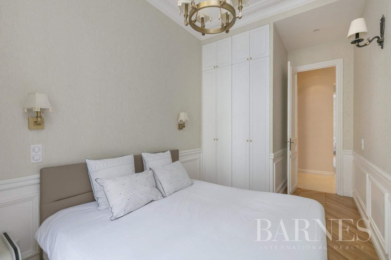 Paris  - Appartement 6 Pièces 5 Chambres - picture 9