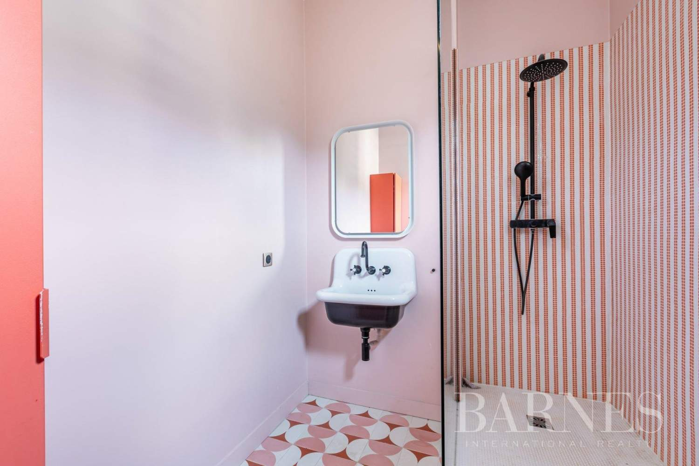 Paris  - Apartment 2 Bedrooms - picture 9