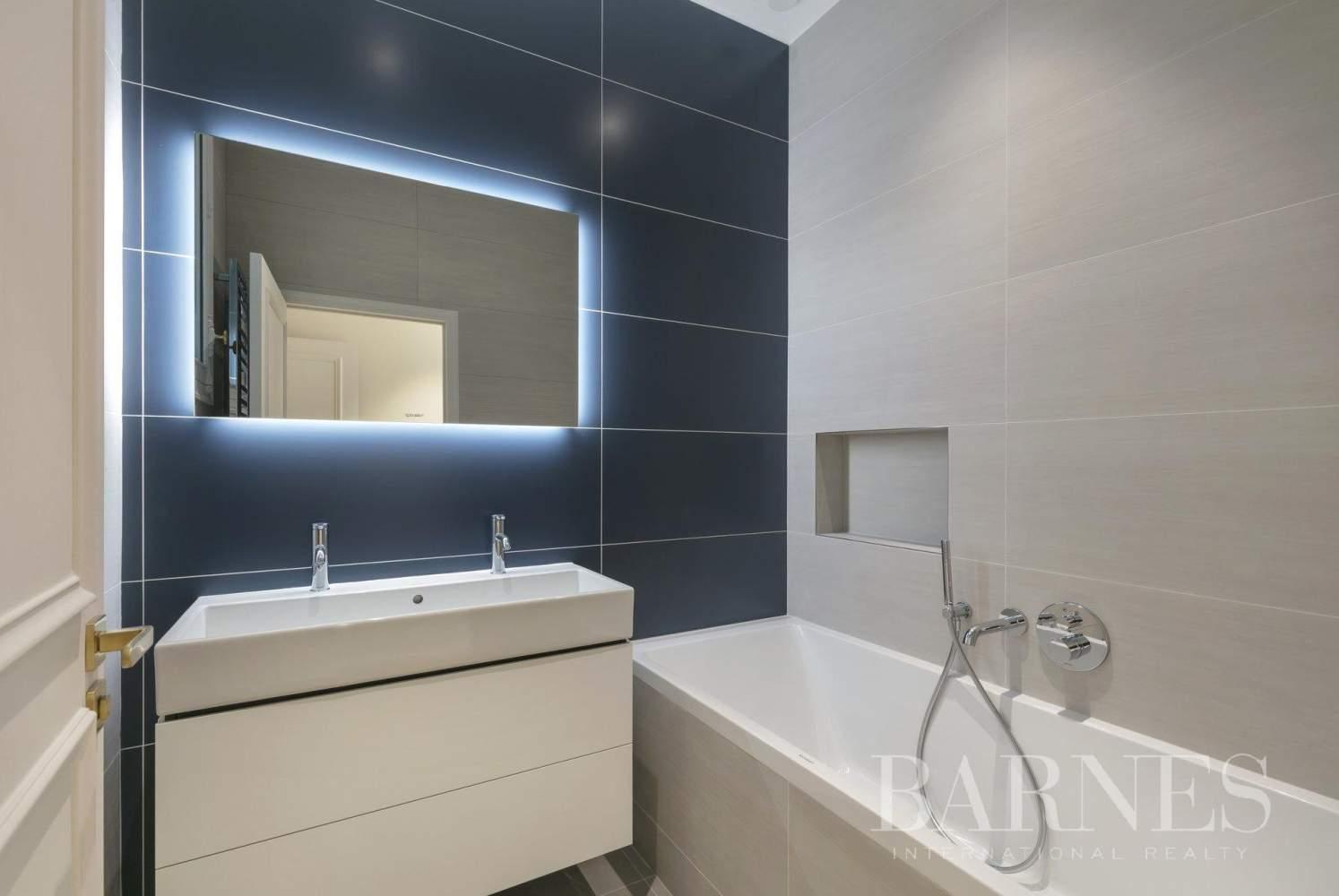 Paris  - Apartment 4 Bedrooms - picture 15