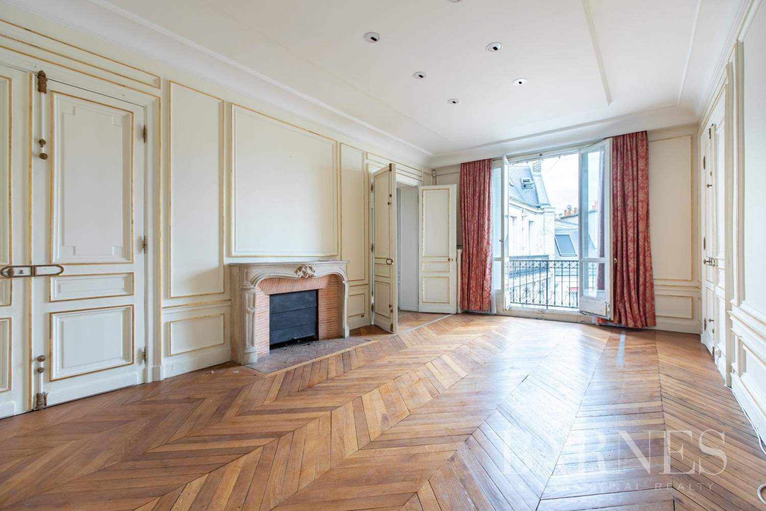 Paris  - Apartment 3 Bedrooms - picture 9