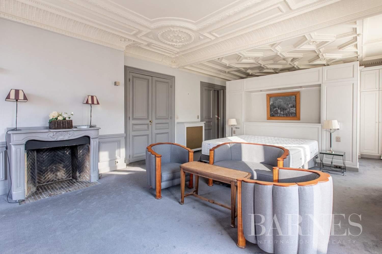 Paris  - Appartement 8 Pièces 4 Chambres - picture 15
